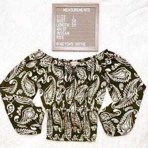 🌻Fashion Magazine Green Blouse Large